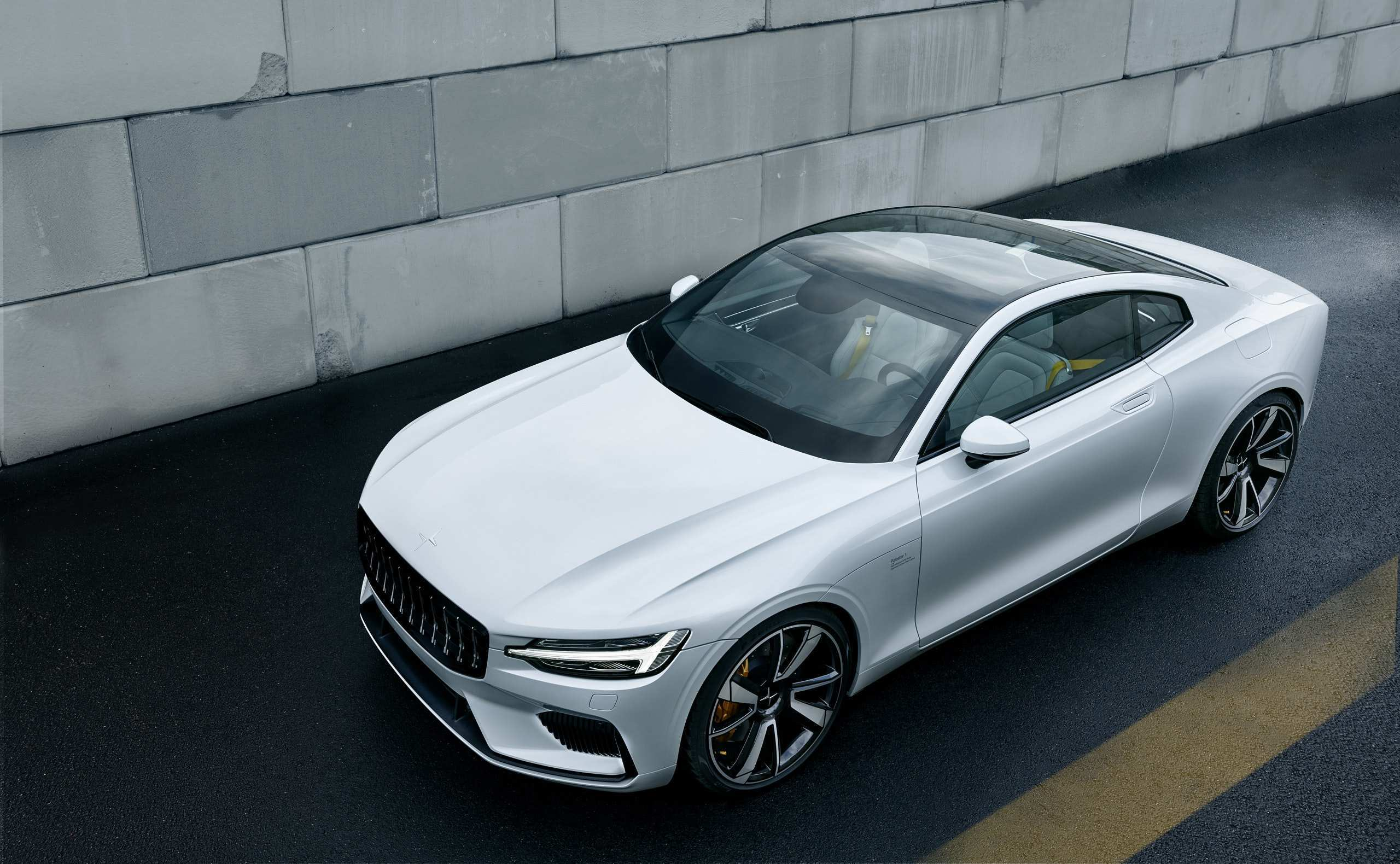 81 The Volvo 2019 Electrique Review
