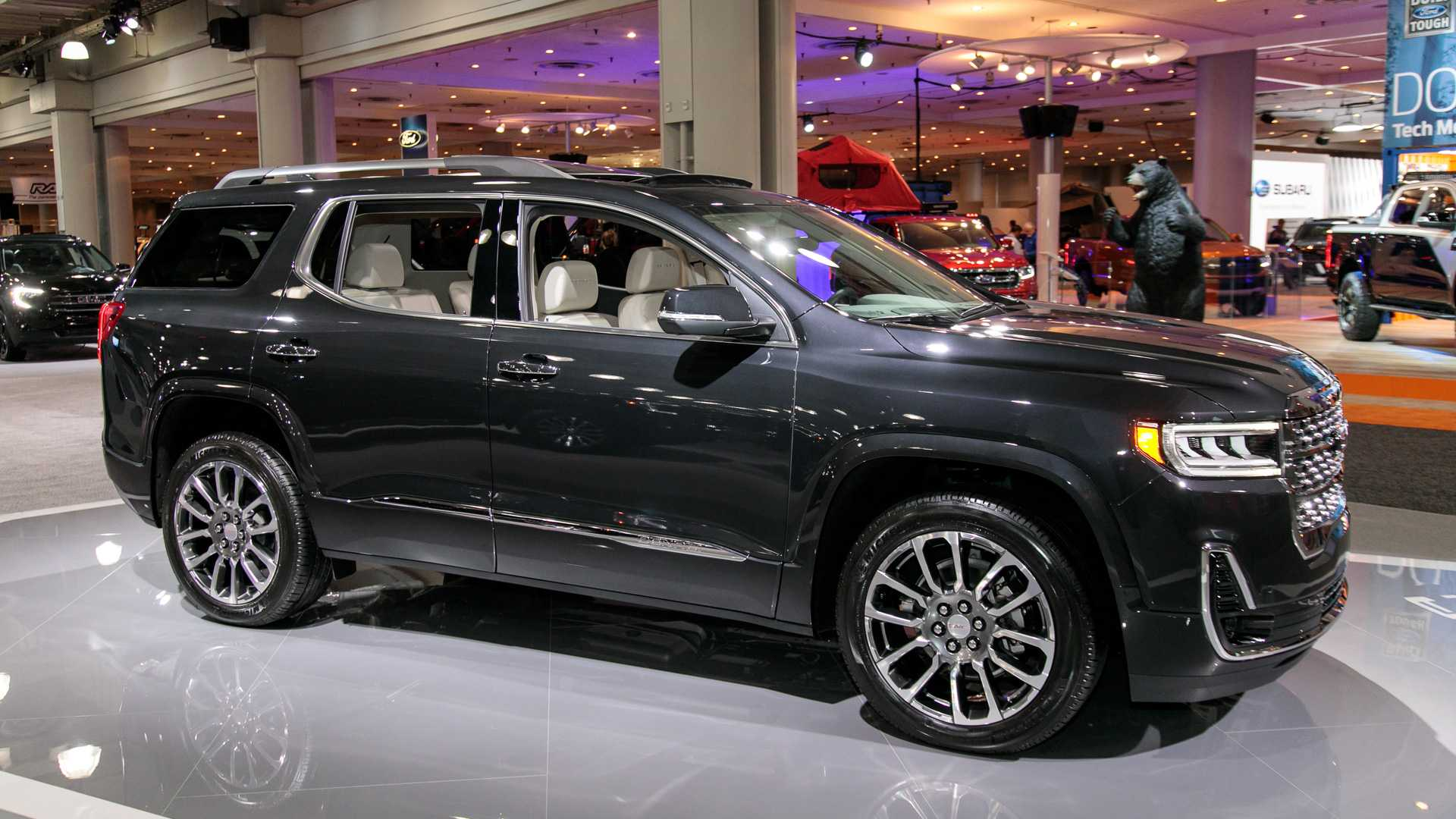 82 A 2020 Gmc Acadia Changes Spy Shoot