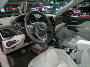 82 Best 2019 Jeep Grand Cherokee Interior Configurations