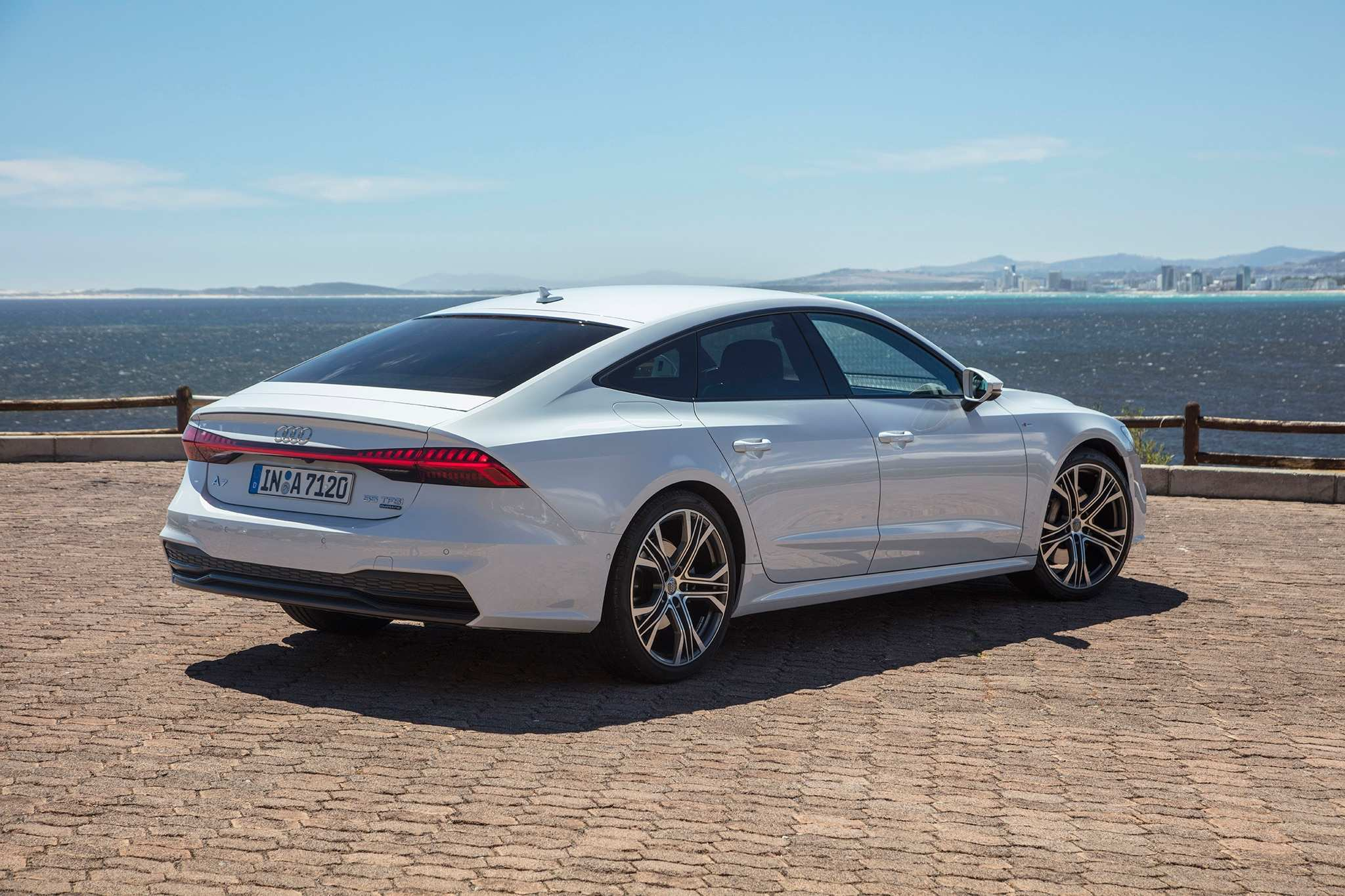 86 New New 2019 Audi A7 Ratings