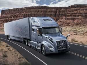 87 A 2019 Volvo 18 Wheeler Review
