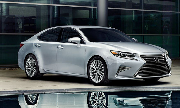 90 New Lexus Is300H 2020 First Drive