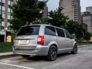 91 The Best 2020 Chrysler Town And Country Price