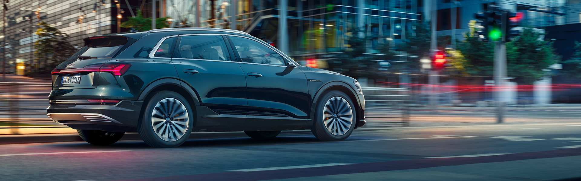 92 The Best 2019 Audi E Tron Quattro Price Price And Review