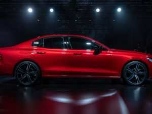 93 The 2019 Volvo S60 Performance