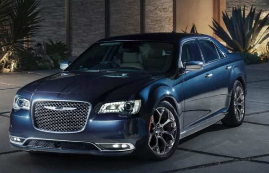 93 The 2020 Chrysler 300 Spy Shoot