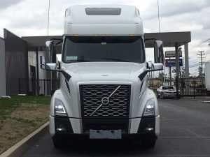 94 New 2020 Volvo Truck Engine