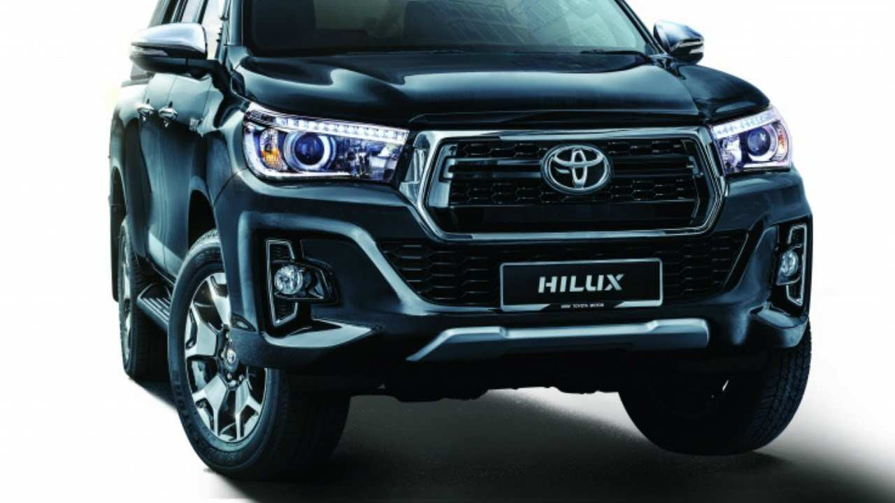 97 A 2019 Toyota Hilux Facelift Wallpaper