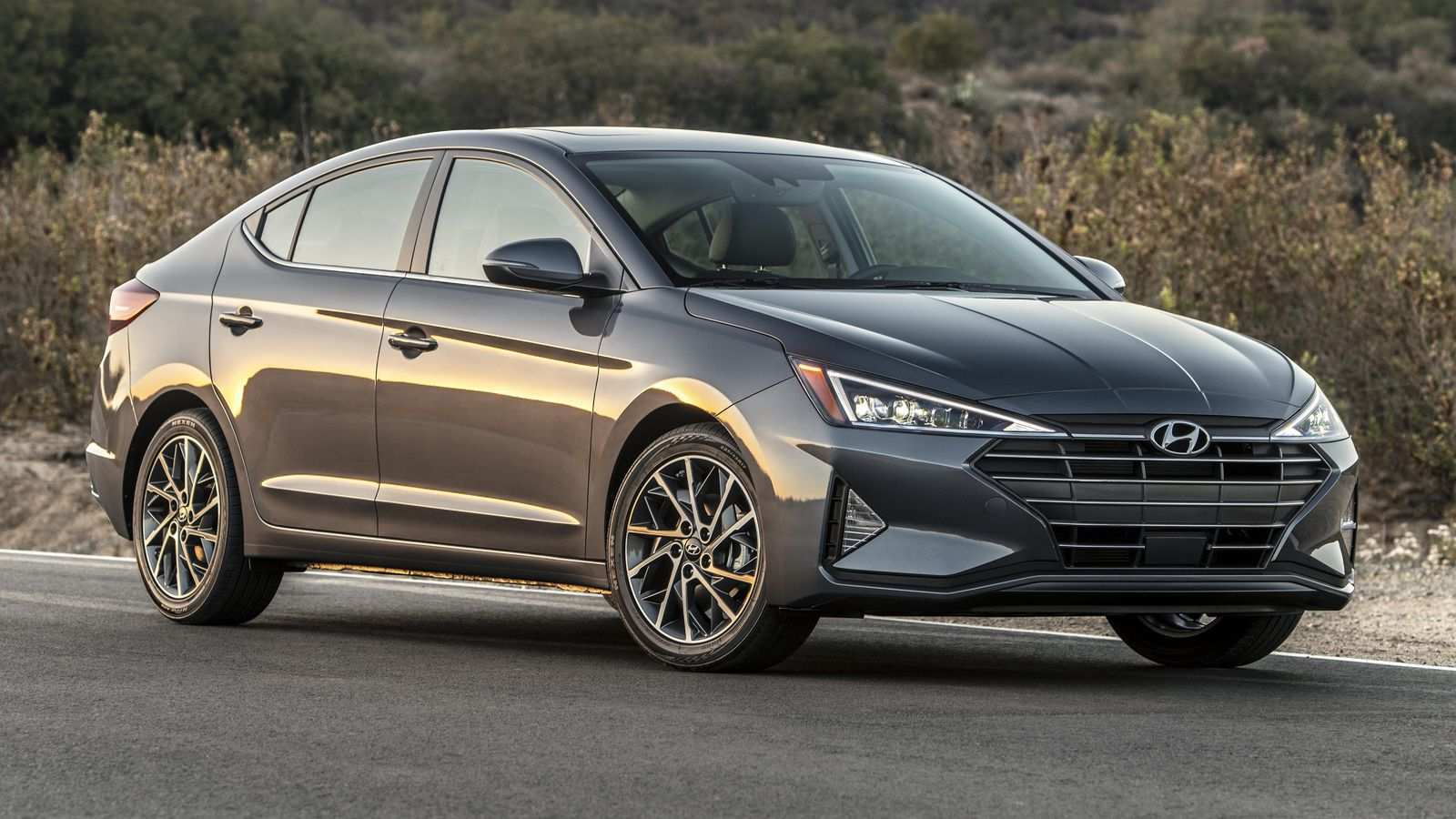 97 New 2019 Hyundai Elantra Limited Ratings