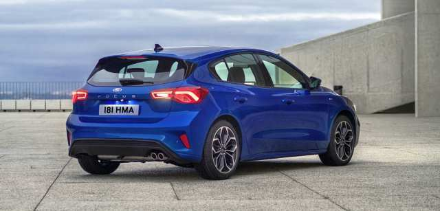 99 A 2019 Ford Focus St Line Configurations