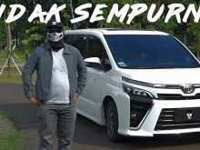 14 A Toyota Voxy 2020 First Drive