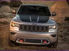 26 A 2019 Vs 2020 Jeep Grand Cherokee Model