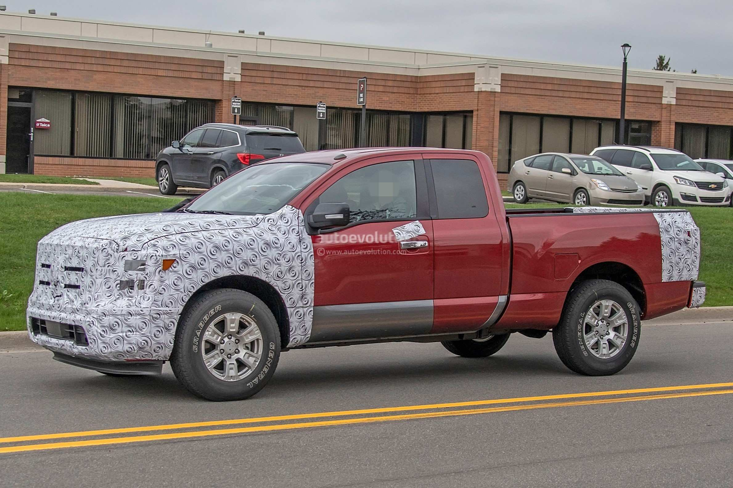 42 A Nissan Titan 2020 Spesification
