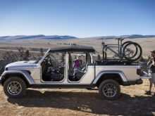 76 A Jeep Jt 2020 Performance and New Engine