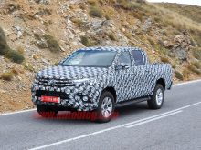 91 A 2020 Toyota Hilux Spy Shots Performance and New Engine