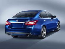 16 The 2017 Nissan Altima 2 5 Redesign and Concept