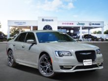32 The Best 2019 Chrysler 300 Redesign and Concept