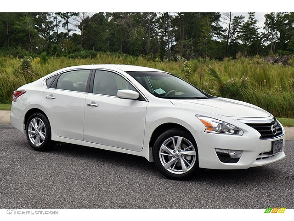38 A 2015 Nissan Altima 2 5 Images
