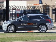 39 New 2019 Spy Shots Cadillac Xt5 Wallpaper