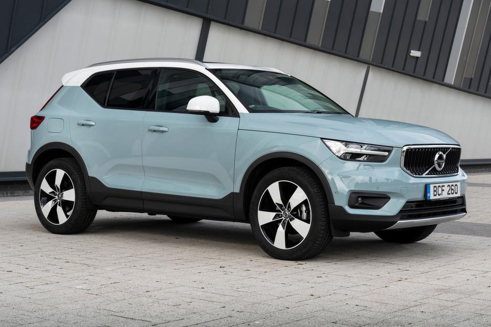 50 A New 2019 Volvo Xc40 Lease Spesification Images